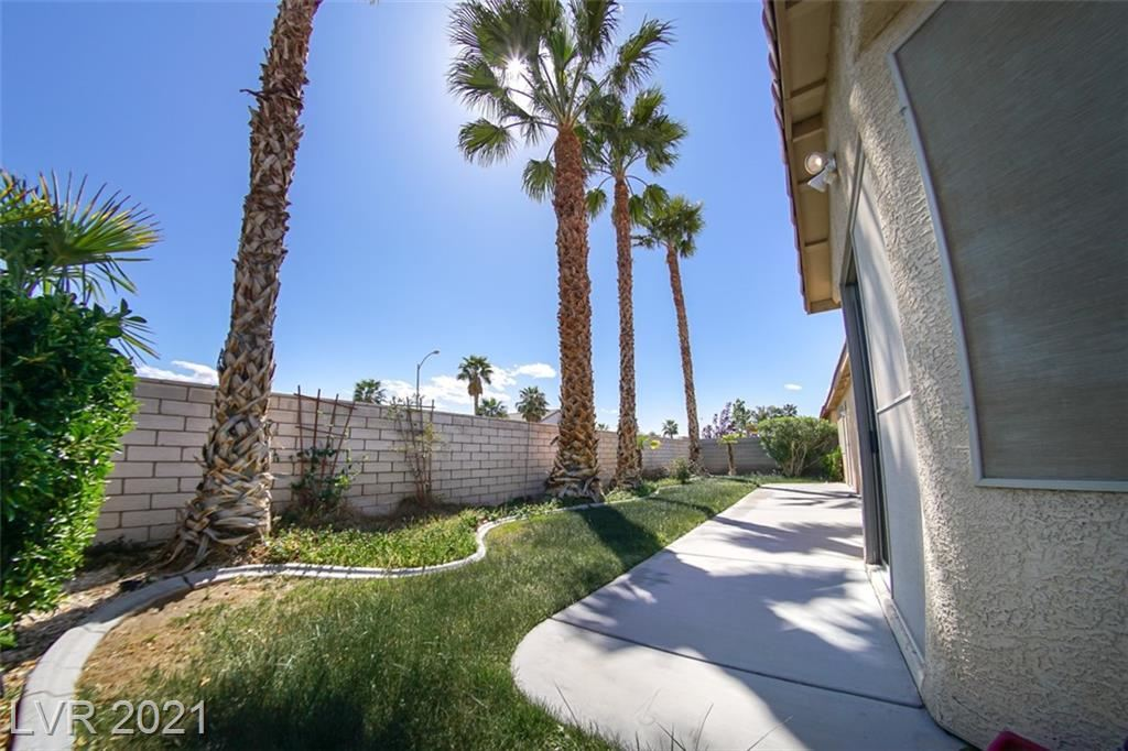 Photo of 231 Saxondale Avenue, Las Vegas, NV 89123 (MLS # 2287292)
