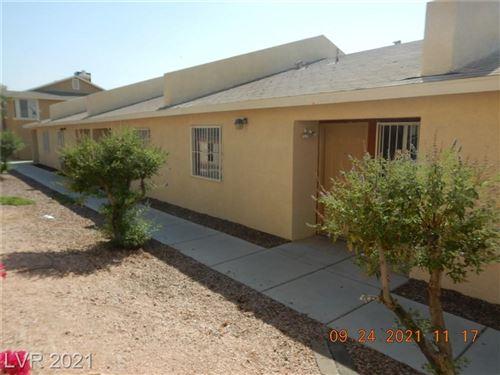 Photo of 3826 SODA SPRINGS Drive, Las Vegas, NV 89115 (MLS # 2335296)