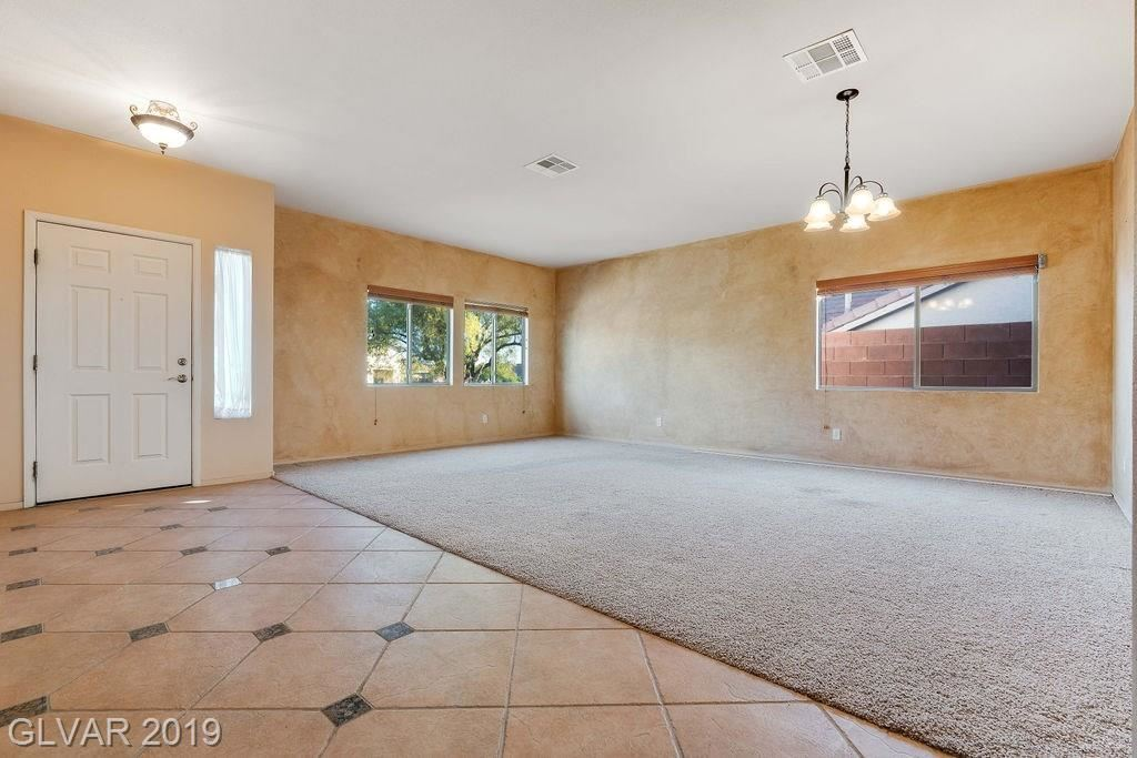 Photo of 1075 SANDSTONE CANYON Court, Henderson, NV 89012 (MLS # 2146304)