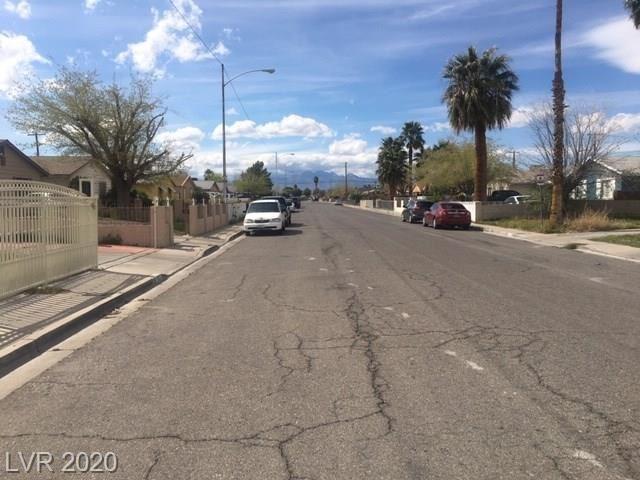 Photo of 3701 Lillis, Las Vegas, NV 89030 (MLS # 2183310)