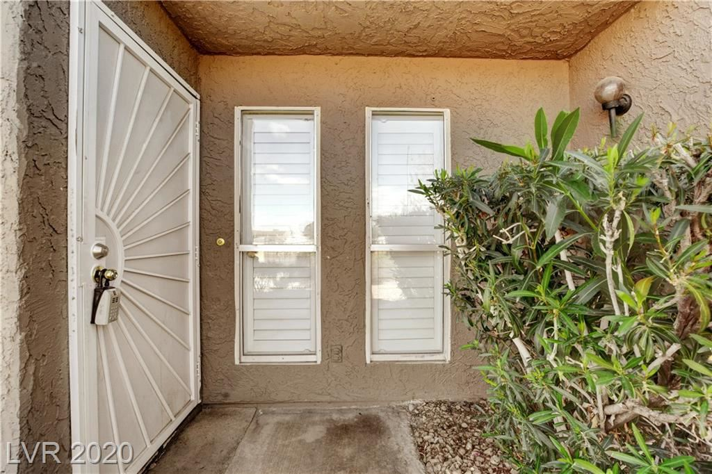 Photo of 457 Sellers, Henderson, NV 89011 (MLS # 2185324)