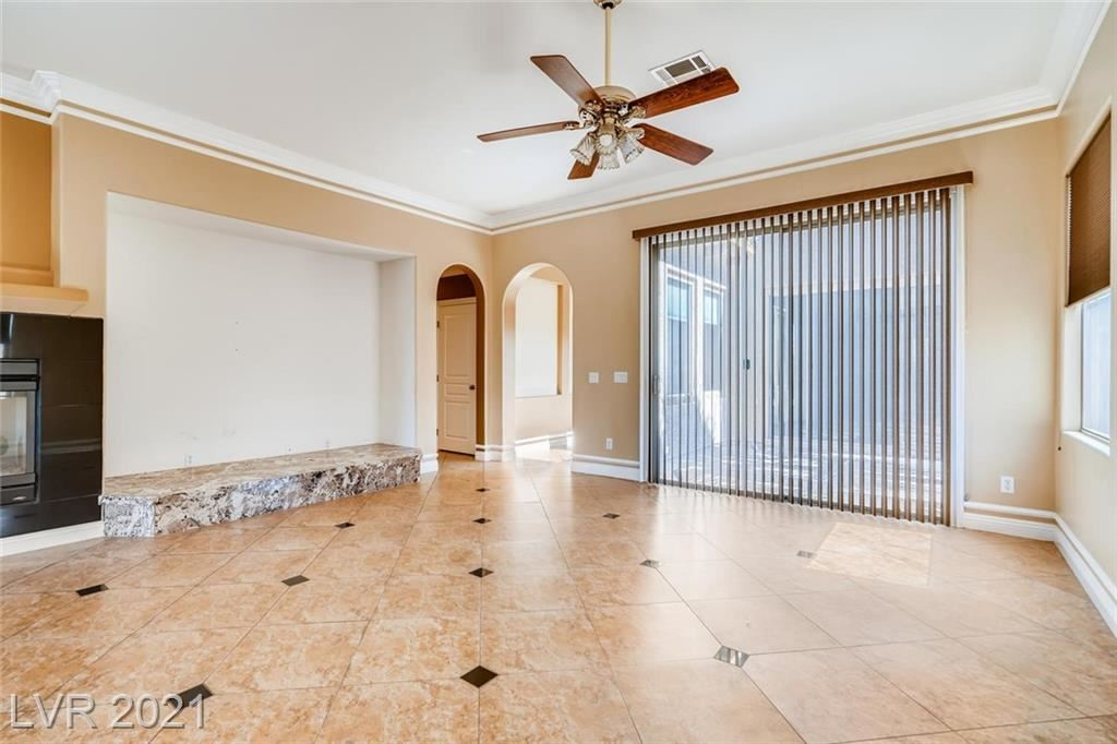 Photo of 947 Via Canale Drive, Henderson, NV 89011 (MLS # 2325326)