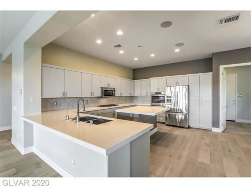 Photo of 10 EAGLE CHASE Court #0, Henderson, NV 89052 (MLS # 2156328)