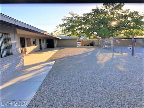 Photo of 3811 Royal Crest Street, Las Vegas, NV 89119 (MLS # 2228331)