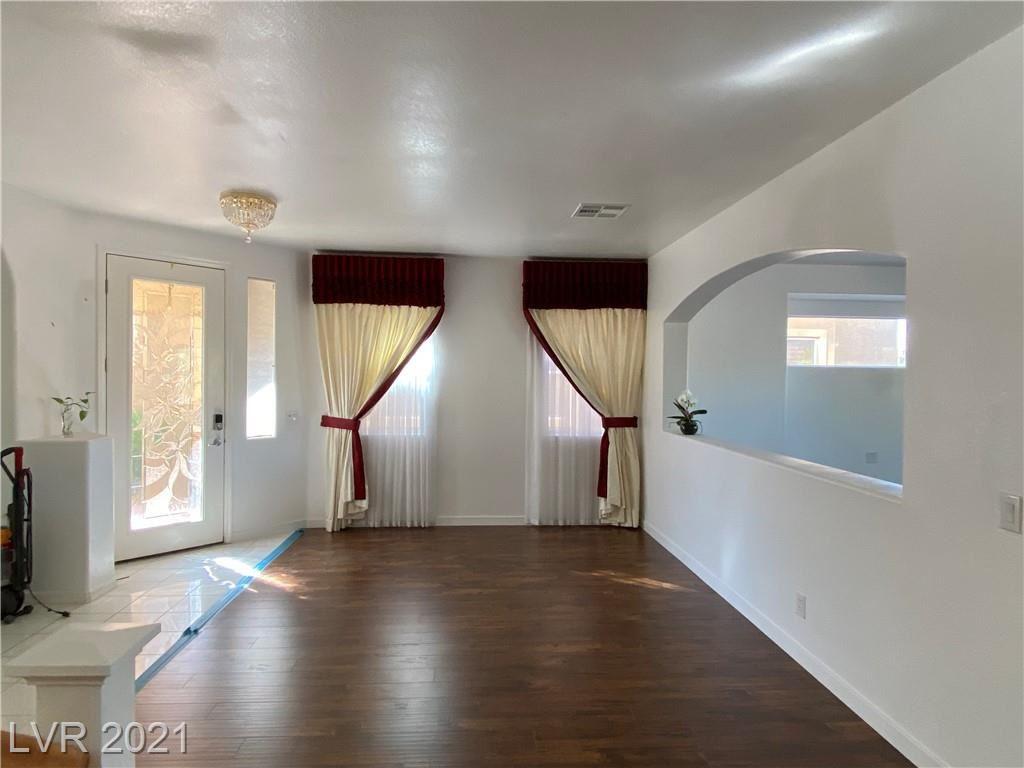Photo of 341 Foster Springs Road, Las Vegas, NV 89148 (MLS # 2281332)