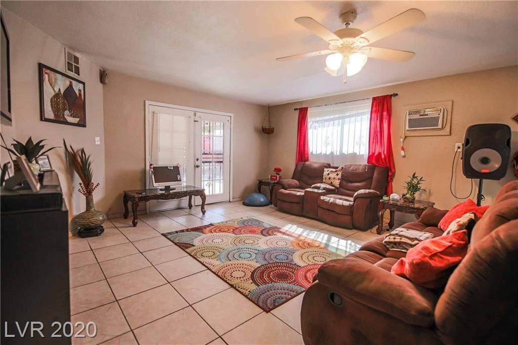 Photo of 533 Kings Avenue, North Las Vegas, NV 89030 (MLS # 2212344)