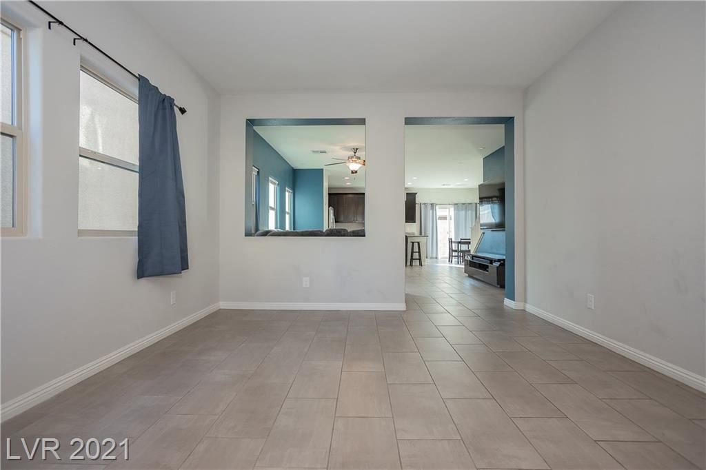 Photo of 9121 Island Wolf Avenue, Las Vegas, NV 89149 (MLS # 2261354)