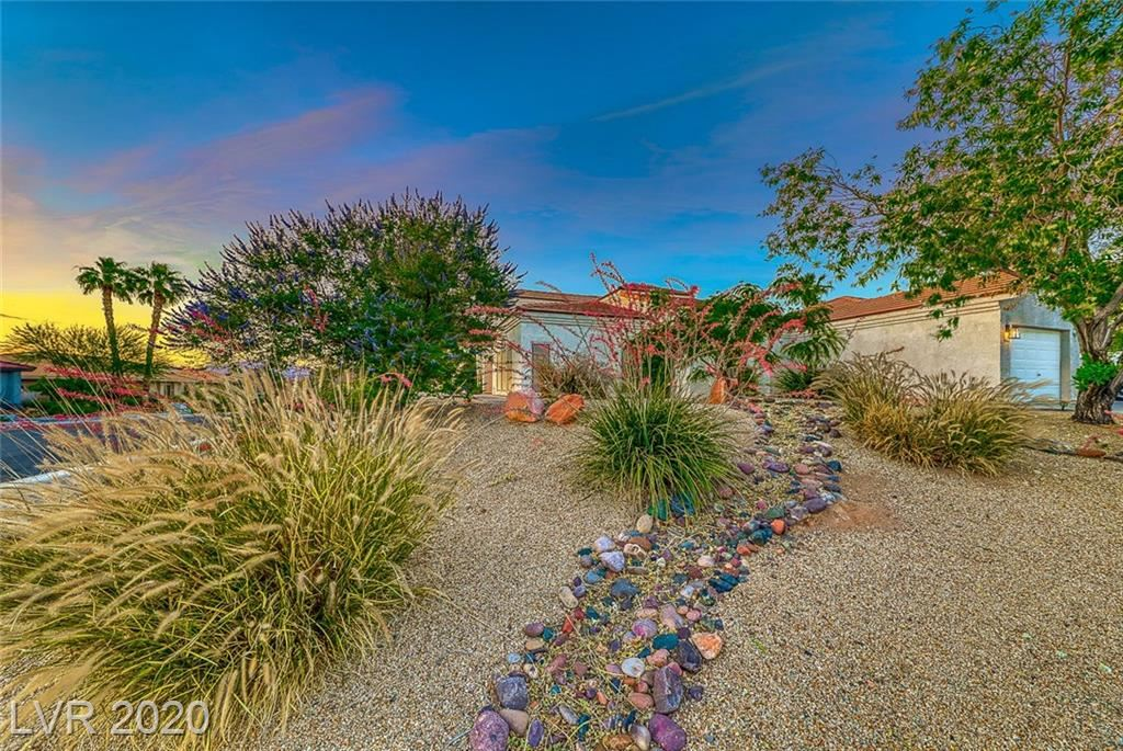 Photo of 997 Gladiola Way, Henderson, NV 89011 (MLS # 2201362)