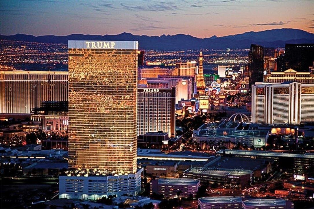 Photo for 2000 FASHION SHOW Drive #5717, Las Vegas, NV 89109 (MLS # 1323367)