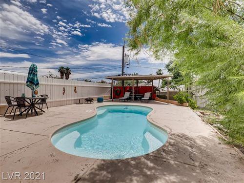 Photo of 301 South 15th Street, Las Vegas, NV 89101 (MLS # 2304382)