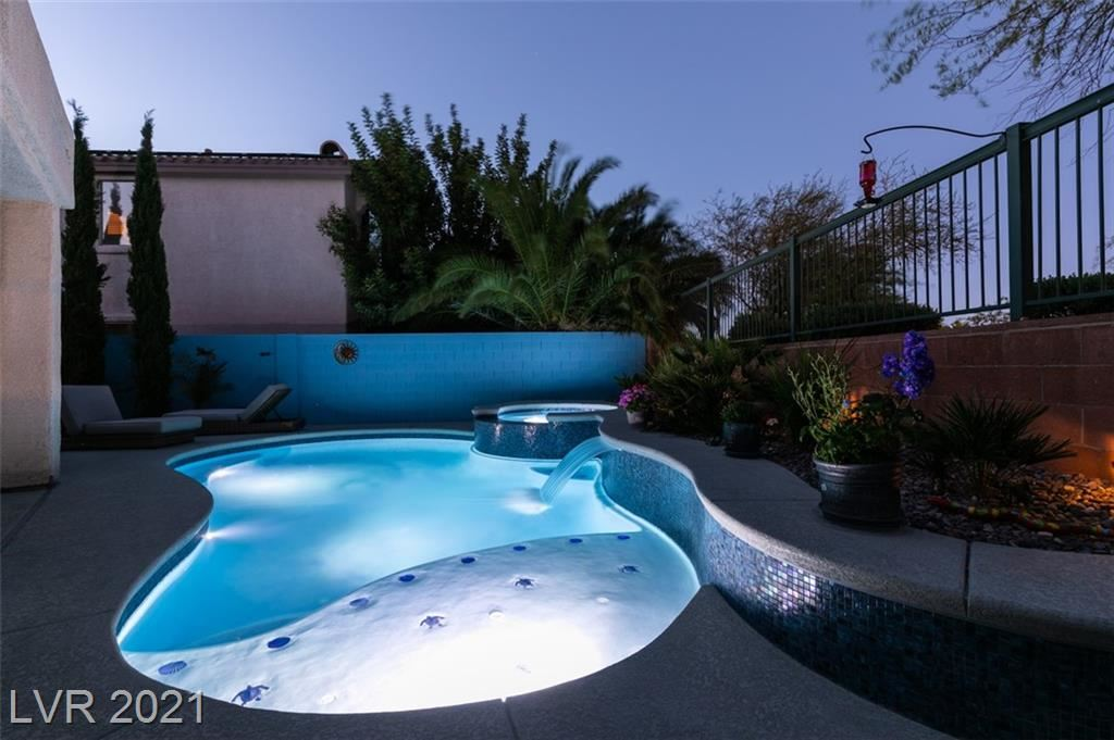Photo of 912 Eaglewood Drive, Las Vegas, NV 89144 (MLS # 2293384)
