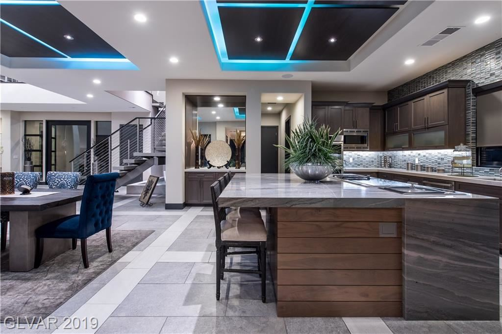 Photo for 94 GLADE HOLLOW Drive, Las Vegas, NV 89135 (MLS # 2099385)