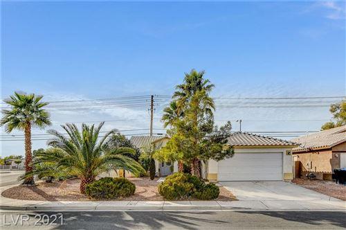 Photo of 4927 Middleham Street, North Las Vegas, NV 89031 (MLS # 2273389)