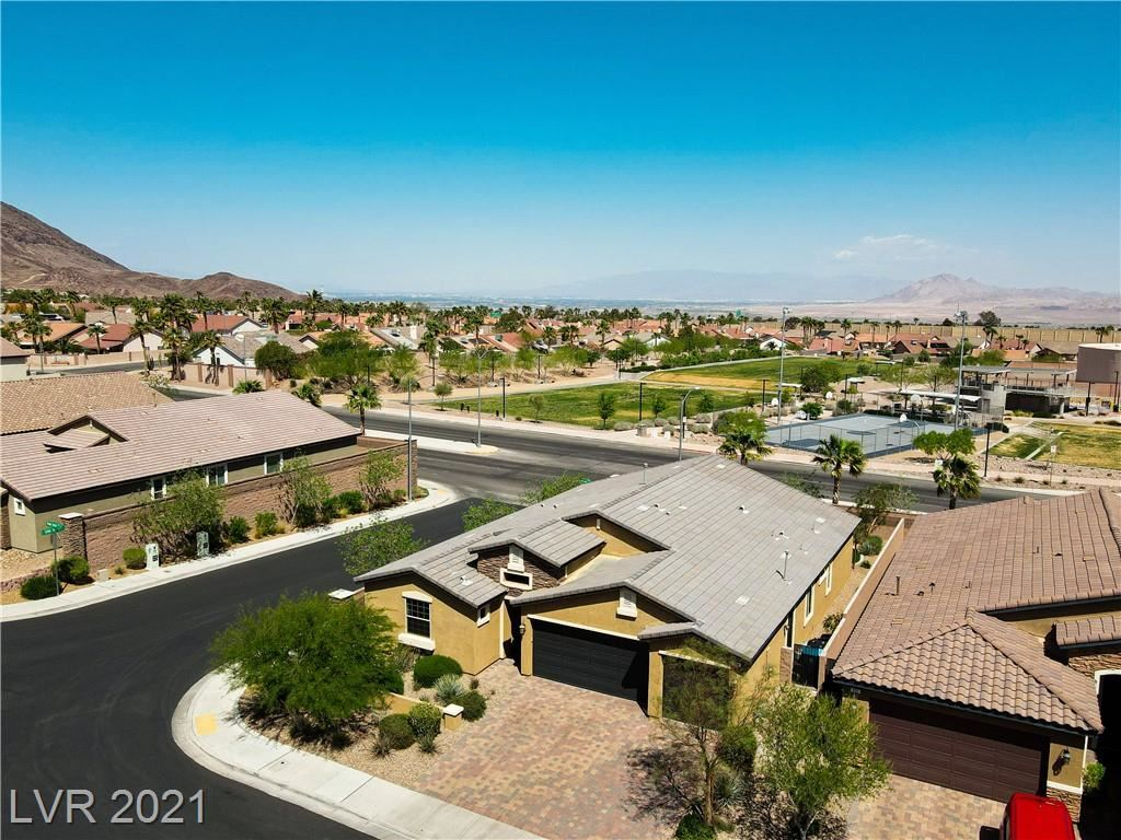 Photo of 250 Harwood Heights Court, Henderson, NV 89002 (MLS # 2304390)