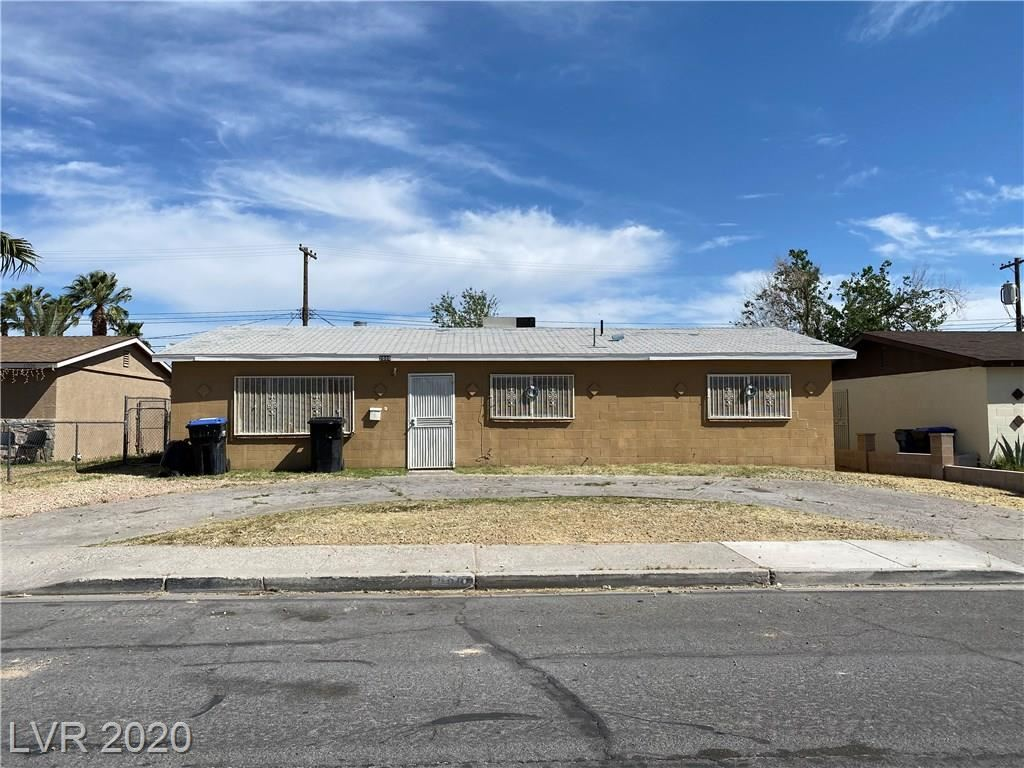 Photo of 2000 Lawry, North Las Vegas, NV 89032 (MLS # 2191391)