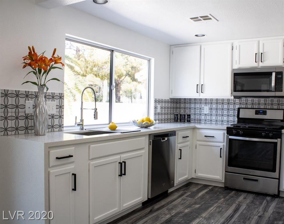 Photo of 1470 Lodgepole Drive, Henderson, NV 89014 (MLS # 2228393)