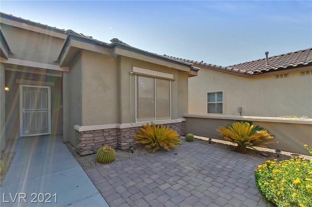 Photo of 3304 Blue Ribbon Downs Street, Las Vegas, NV 89122 (MLS # 2314396)