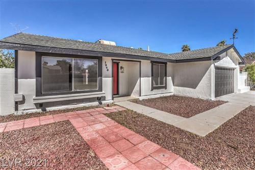 Photo of 1946 Whippletree Avenue, Las Vegas, NV 89119 (MLS # 2334399)