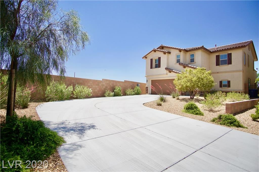 Photo of 855 Via Campo Tures, Henderson, NV 89011 (MLS # 2199403)