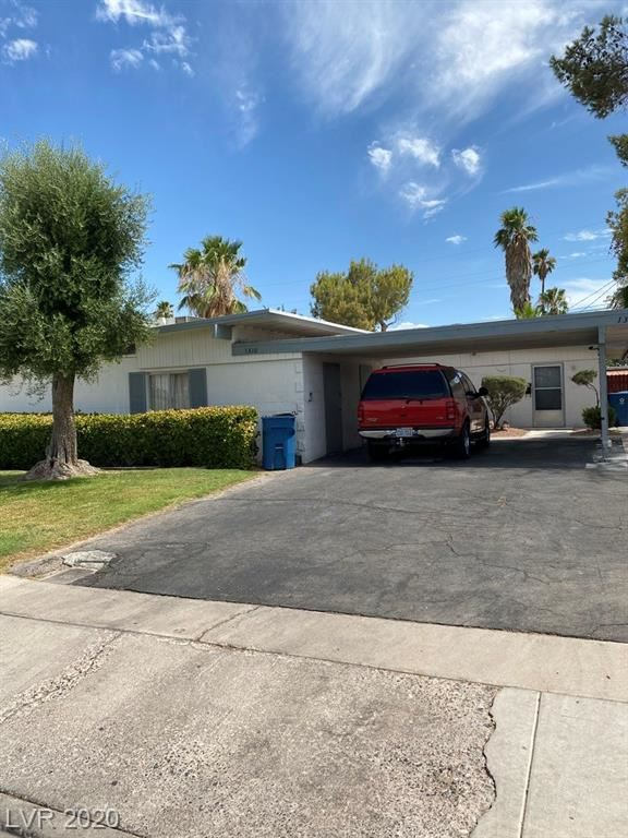 Photo of 1308 Saint Louis Avenue, Las Vegas, NV 89104 (MLS # 2212407)