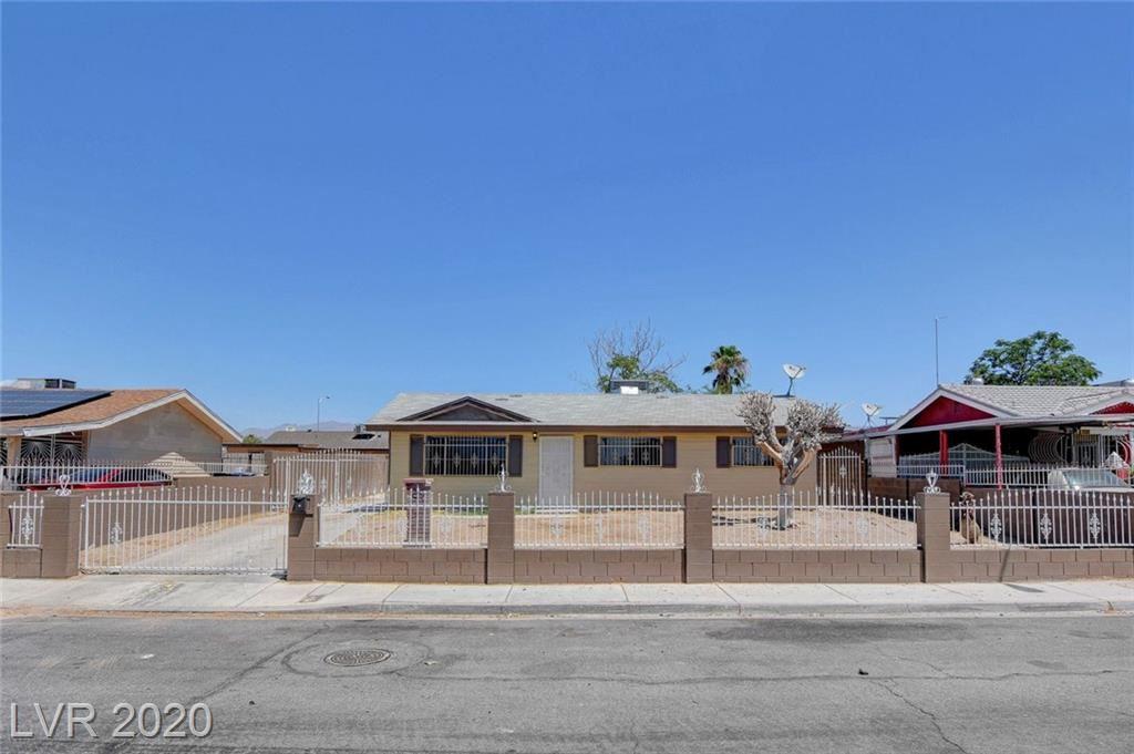 Photo of 3332 Colton Avenue, North Las Vegas, NV 89030 (MLS # 2210410)