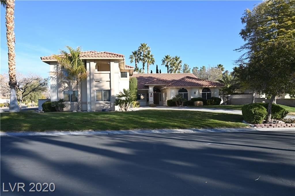 Photo of 8028 SILVER KING Drive, Las Vegas, NV 89129 (MLS # 2173411)