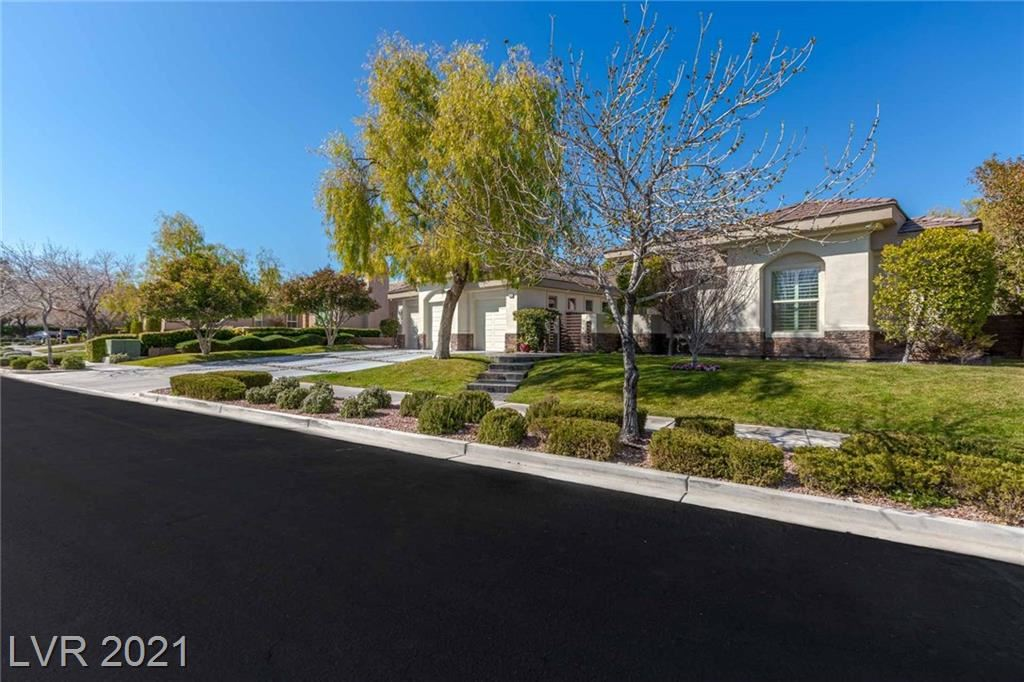 Photo of 10968 TRANQUIL WATERS Court, Las Vegas, NV 89135 (MLS # 2292411)