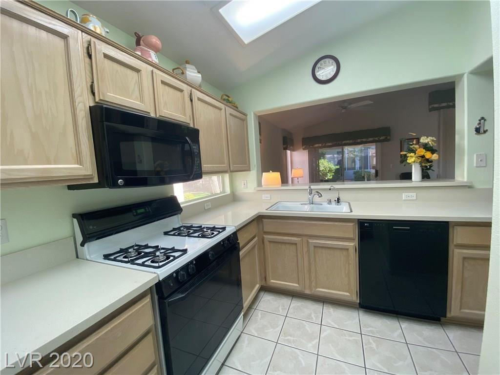 Photo of 2101 Poppywood Avenue, Henderson, NV 89012 (MLS # 2224416)
