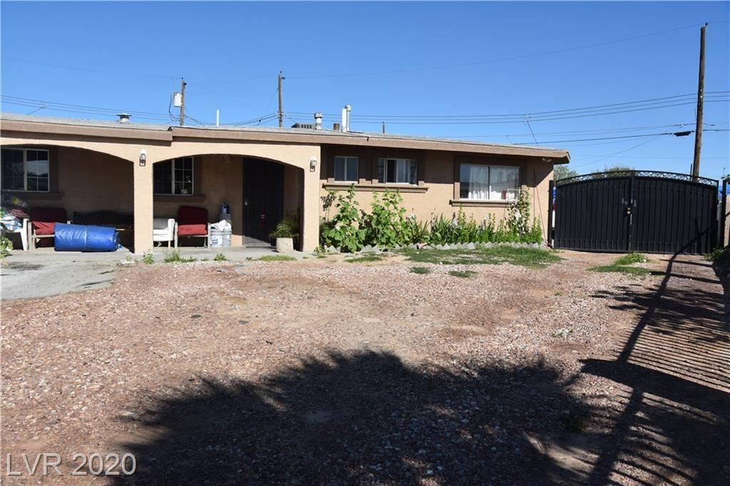 Photo of 1025 Villa Cir, Las Vegas, NV 89108 (MLS # 2187420)