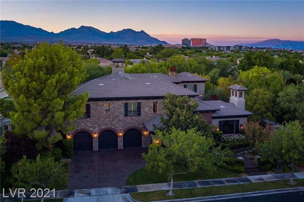 Photo of 10908 Willow Heights Drive, Las Vegas, NV 89135 (MLS # 2330423)