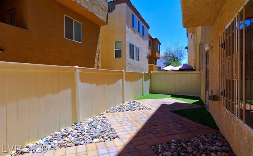 Photo of 9512 Color Rock Court, Las Vegas, NV 89178 (MLS # 2209427)