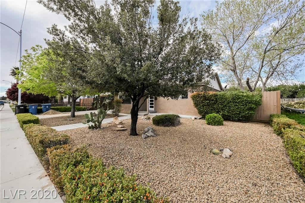 Photo of 1318 Barnard, Las Vegas, NV 89102 (MLS # 2202443)