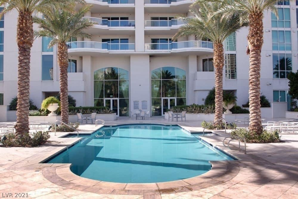 Photo of 2777 Paradise Road #1207, Las Vegas, NV 89109 (MLS # 2336449)