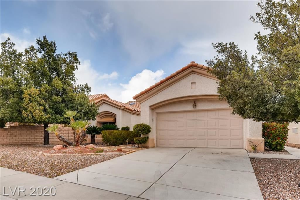 Photo of 10128 Middle Ridge, Las Vegas, NV 89134 (MLS # 2185459)