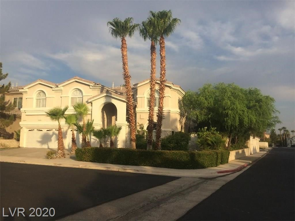 Photo of 99 Callaway Circle, Henderson, NV 89074 (MLS # 2228461)