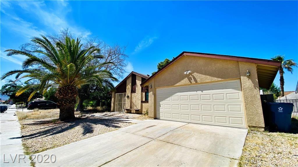 Photo of 6180 Pinewood Avenue, Las Vegas, NV 89103 (MLS # 2188467)