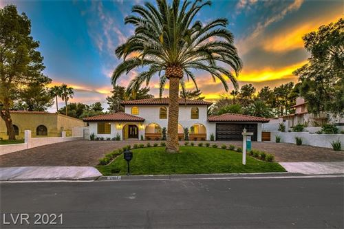 Photo of 2403 Viewpoint Drive, Henderson, NV 89014 (MLS # 2304471)