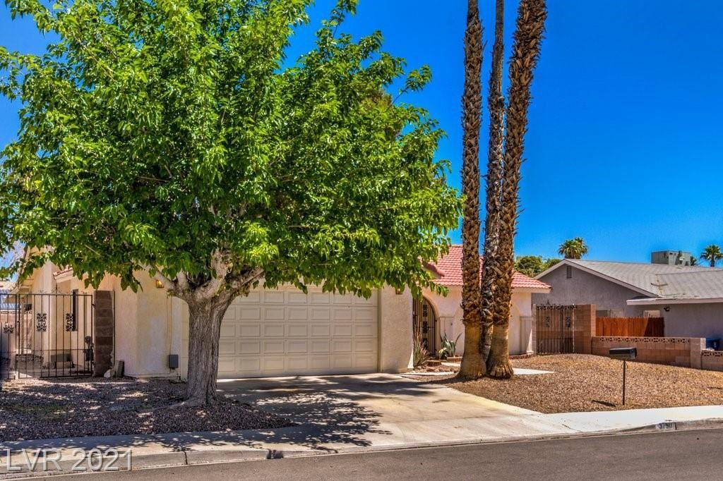 Photo of 3750 Crellin Circle, Las Vegas, NV 89120 (MLS # 2304473)