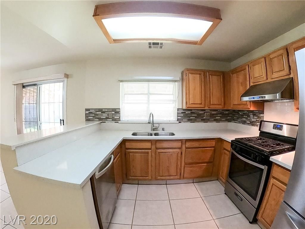 Photo of 441 Raindance Drive, Henderson, NV 89014 (MLS # 2231477)