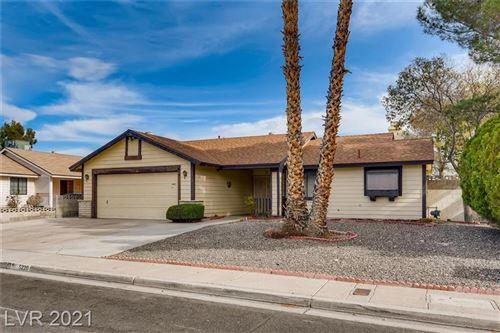 Photo of 5220 Rock Creek Lane, Las Vegas, NV 89130 (MLS # 2262488)