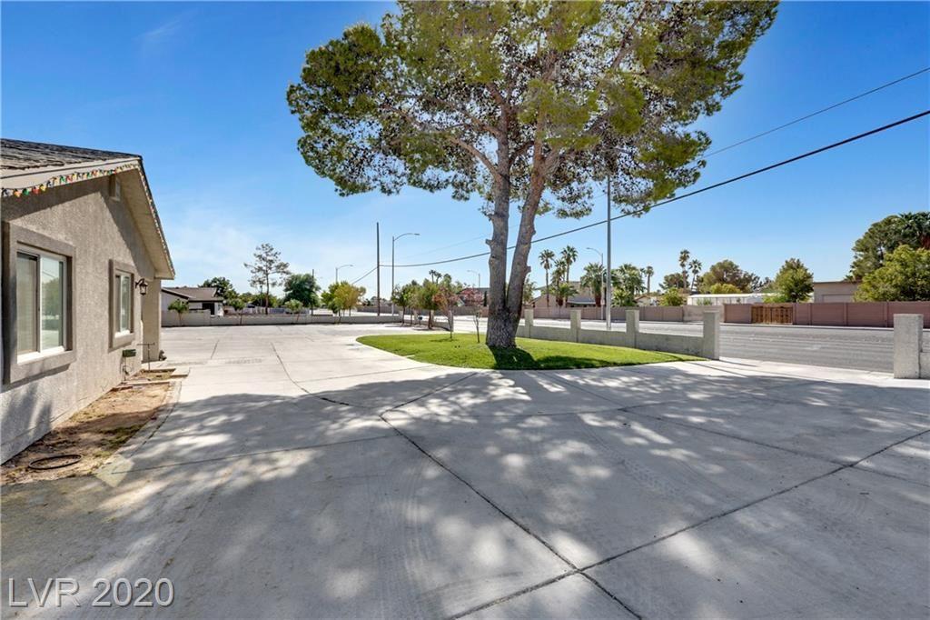 Photo of 6344 DESERT INN Road, Las Vegas, NV 89146 (MLS # 2230501)