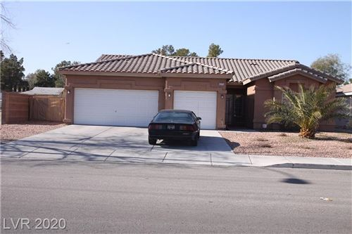 Photo of 3775 MCLEOD Drive, Las Vegas, NV 89121 (MLS # 2165514)