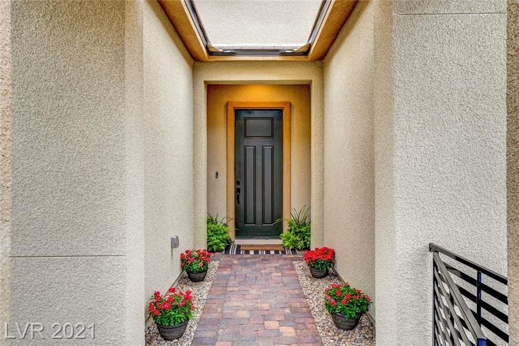 Photo of 80 Strada Caruso, Henderson, NV 89011 (MLS # 2326515)