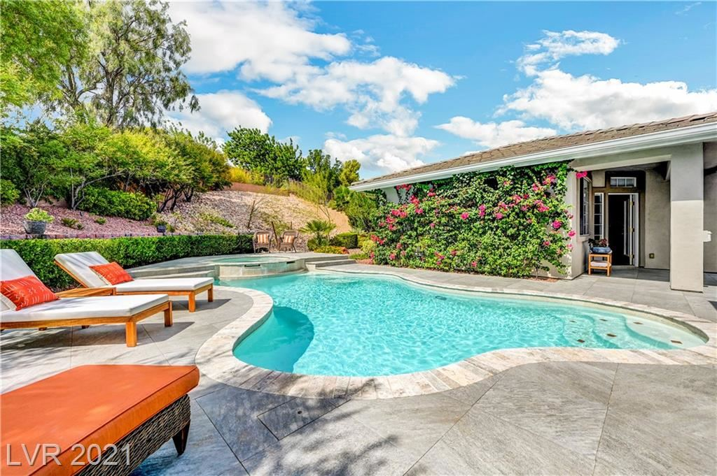 Photo of 613 Canyon Brook Place, Las Vegas, NV 89145 (MLS # 2334519)