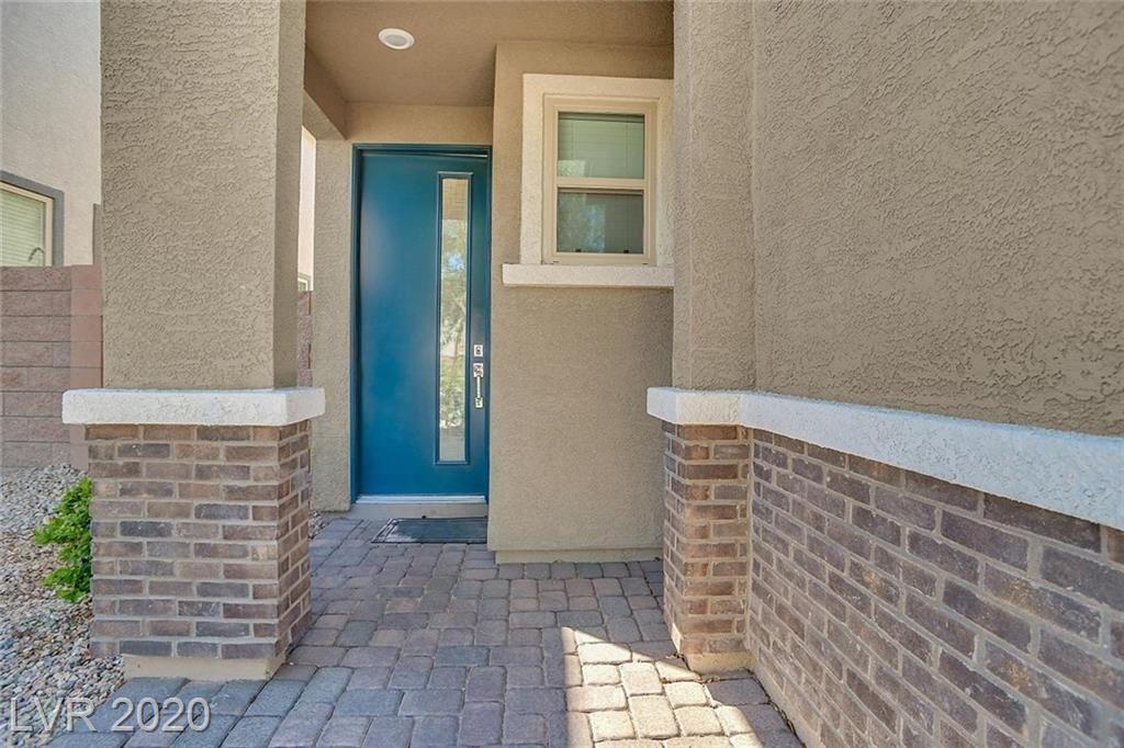 Photo of 921 Bluebell Brook Street, Henderson, NV 89052 (MLS # 2240522)