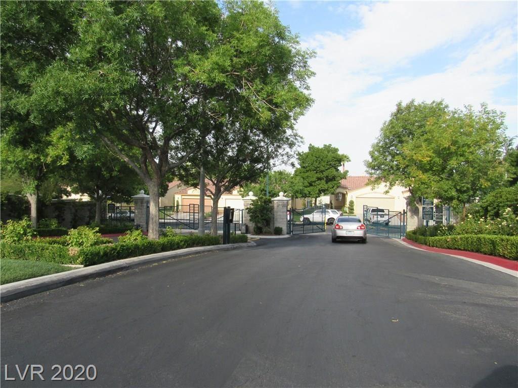 Photo of 1139 Scenic Crest Drive, Henderson, NV 89052 (MLS # 2218533)