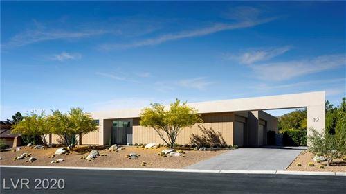 Photo of 19 GOLDEN SUNRAY Lane, Las Vegas, NV 89135 (MLS # 2208535)