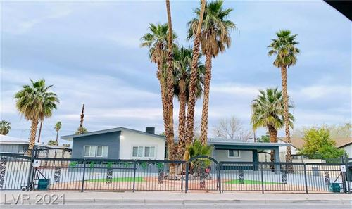 Photo of 549 Oakey Boulevard, Las Vegas, NV 89104 (MLS # 2276543)