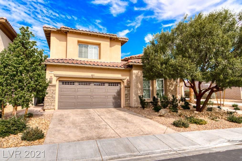 Photo of 931 Serena Veneda Lane, Las Vegas, NV 89138 (MLS # 2261544)