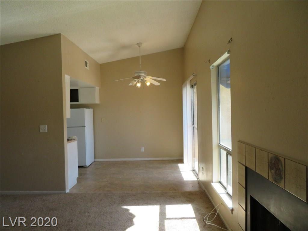 Photo of 5036 Newport Cove Drive #C, Las Vegas, NV 89119 (MLS # 2232548)